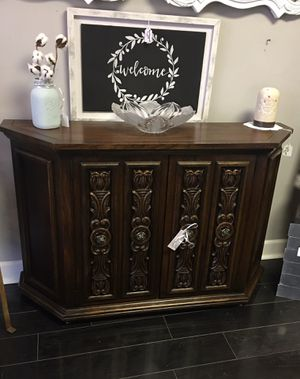cabinet/bar/console for Sale in Middletown, NJ
