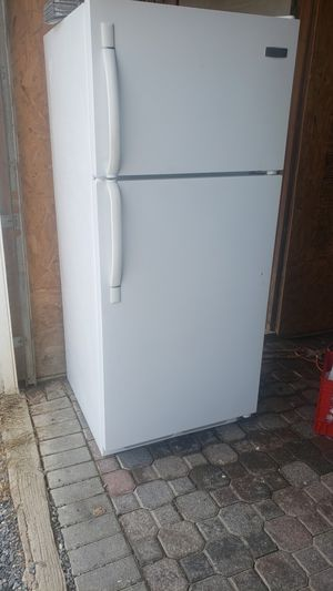 REFRIGERATOR for Sale in New Holland, PA