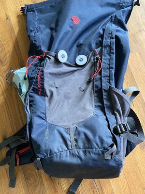 Mountain Hardwear Scrambler™ 35 Backpack waterproof for Sale in Portland, OR