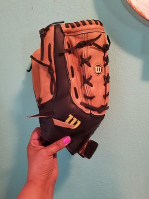 Wilson Baseball Glove..fits on left hand... 14 inch large size...Like new! for Sale in Modesto, CA