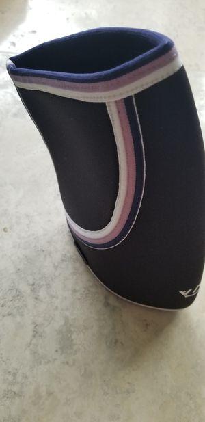 Mava premium quality knee sleeve for Sale in Miami Beach, FL