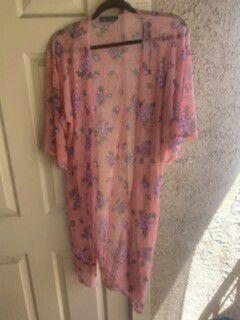 Peach kimono made in usa size L for Sale in Las Vegas, NV
