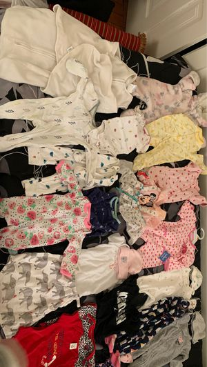 Baby clothes, swaddle, diaper bag for Sale in Des Plaines, IL