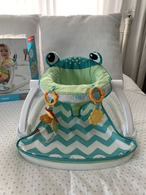 Fisher Price Sit Me Up Floor Seat for Sale in Medley, FL