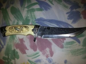 Ivory full moon wolf Knife for Sale in Washington, DC
