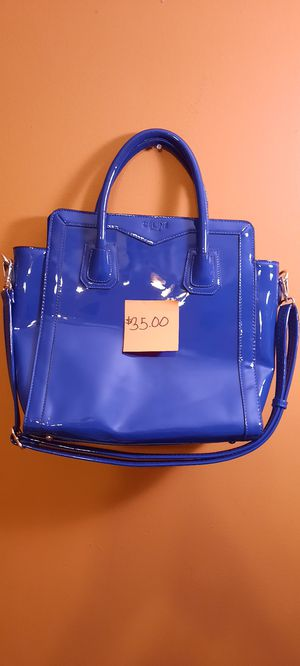 WOMEN'S BLUE HAND BAG for Sale in Riverdale, GA