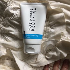 Rodan And Fields Redefine Daily Cleansing Mask for Sale in Huntington Beach, CA