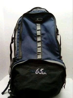 xl NEEKO 6.5 LTL. with Alunimum frame inserts backpack duffle bag for Sale in Lancaster, CA