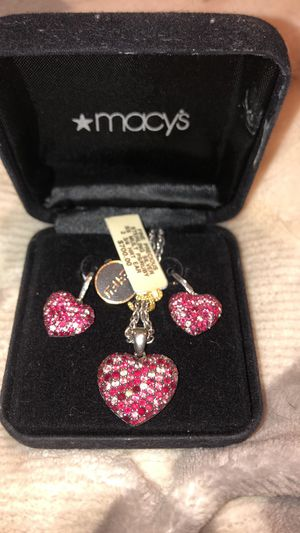 EFFY ruby -diamond heart pendant with matching earrings. Brand new in original Macys box. Belated Valentines at less than half the price I paid💕 for Sale in Suffield, CT