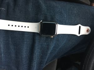 Apple Watch 4 series 40 mm for Sale in Rancho Cucamonga, CA