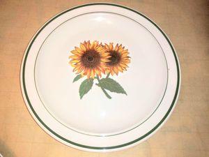 Pfaltzgraff stoneware sunflower plate for Sale in Corona, CA