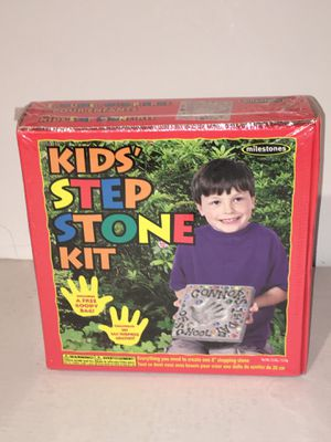Kids Step Stone Kit Cool Children's Project Make an Imprint in Cement NEW SEALED for Sale in Raleigh, NC