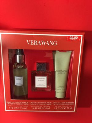 Vera Wang Embrace women's Giftset for Sale in Little Rock, AR