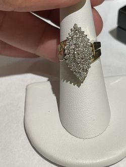 14k gold 1 and 1/2 cut diamond ring size 7 for Sale in Weymouth,  MA