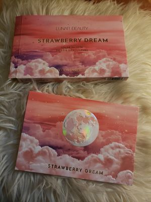 LIKE NEW LUNAR BEAUTY STRAWBERRY DREAM PALETTE for Sale in Rialto, CA
