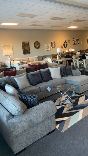 Sectional Comfort couch for Sale in Hemet, CA