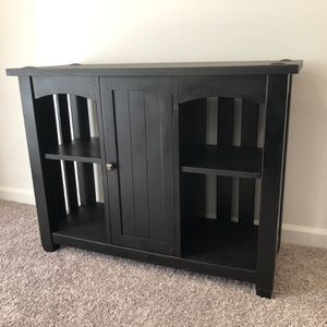 BEAUTIFUL FARMHOUSE BUFFET TABLE for Sale in Herndon, VA