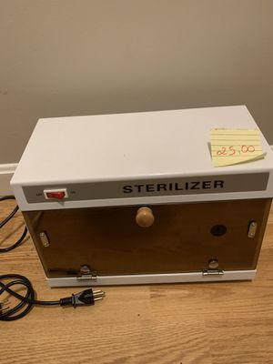 Sterelizer used. Pickup in everett 25$ for Sale in Everett, MA