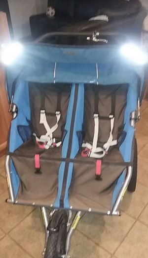 Bob double utility jogging stroller for Sale in Oakland, CA