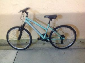 BICYCLE ROADMASTER 18 SPEED EXCELLENT CONDITION for Sale in Miami, FL