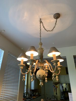 Chandelier used in good condition for Sale in Dallas, TX
