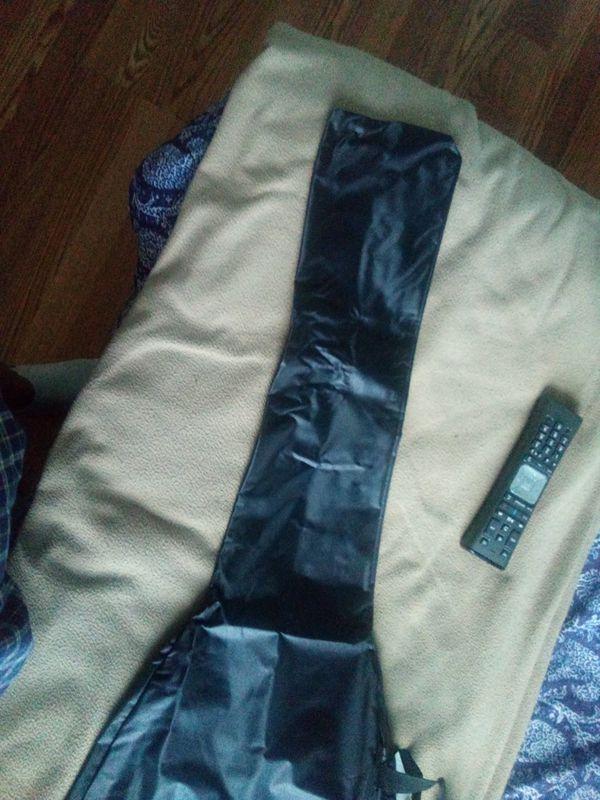 Guitar carrying bag