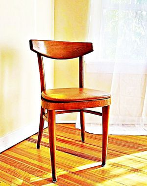 Wooden Shelby Williams Industries MCM chairs (4) with leather seat cushion. for Sale in Lincoln Park, NJ