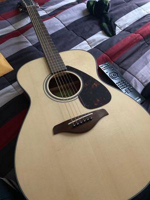 6 string guitar Yamaha for Sale in Oakland, CA