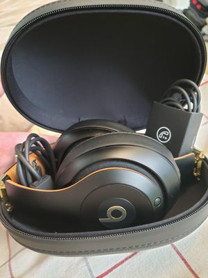 Beats Studio 3 Wireless Midnight Black for Sale in Tigard, OR