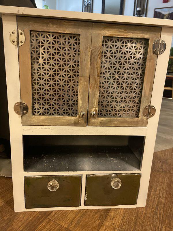 Shelf/ cabinet