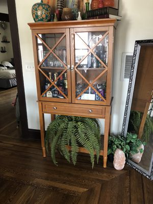 Bar Shelving Unit for Sale in Cleveland, OH