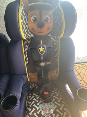 Paw patrol car seat for Sale in Compton, CA
