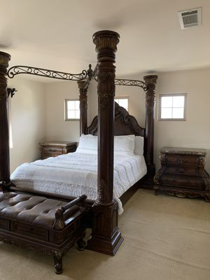 Bed for Sale in Paramount, CA
