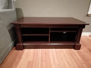 Coffee table with wooden finish for Sale in Houston, TX