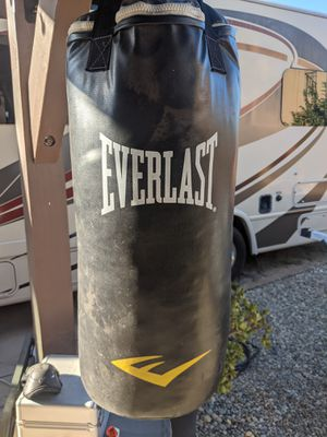 Everlast heavy bag. Good condition for Sale in Murrieta, CA
