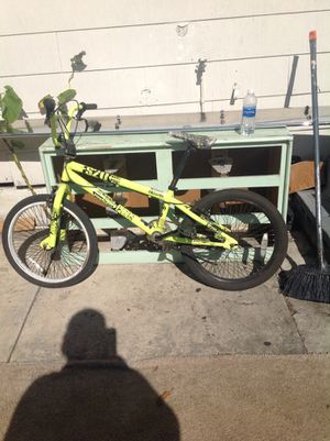 Fs20 freestyle bike for Sale in Tampa, FL
