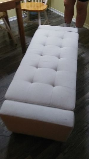 Whitish ottoman for Sale in DW GDNS, TX