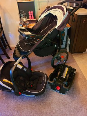Graco FastAction Jogger Travel System Stroller & Carseat for Sale in Mountlake Terrace, WA