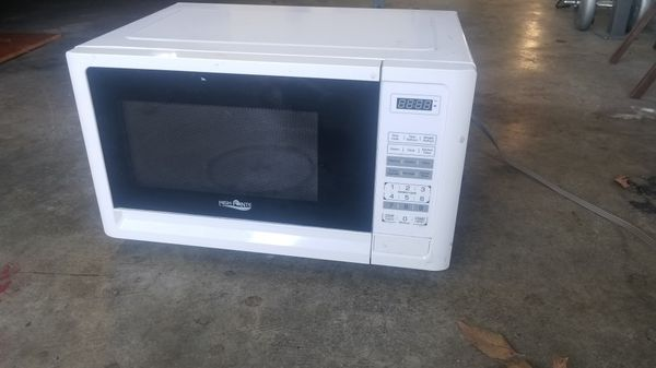 Good size White Microwave
