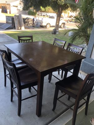 Dining Table Set for Sale in Bakersfield, CA