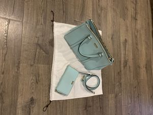 Kate Spade New York Teal Blue XL purse with wallet and adjustable removable strap for Sale in Turlock, CA