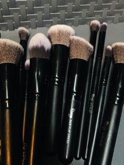 Makeup Brushes - New & Available for Sale in San Jose,  CA
