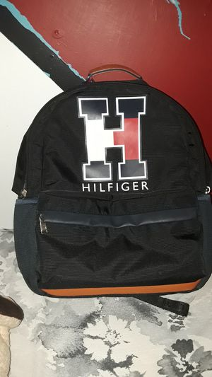 Tommy Hilfiger backpack for Sale in Humble, TX