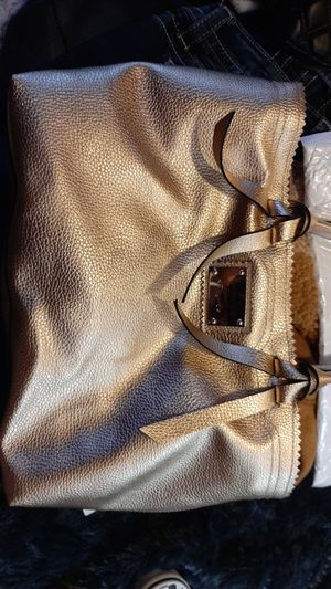 VS purse new for Sale in Prineville, OR