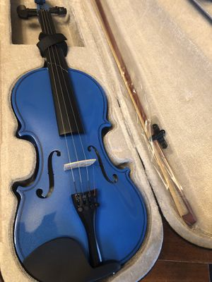 Broken Violin with New Bow See 2nd Pic for Damage for Sale in Arlington, TX