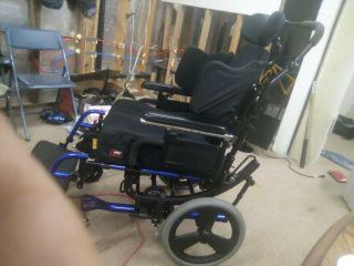 Awesome Quickie Iris Tilting Wheelchair w/ Jay Fusion Cushions