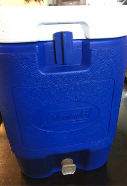 Coleman 5 gallon for Sale in Toppenish,  WA