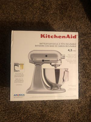 Kitchen Aid, (KSM85PBSM) for Sale in St. Cloud, MN