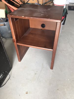Small shelf, 2 of them for Sale in Dallas, TX