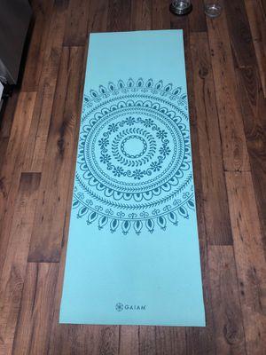 6' Turquoise yoga mat for Sale in Atlanta, GA